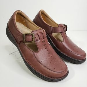 DREW T-Strap Mary Jane Leather Shoes 6